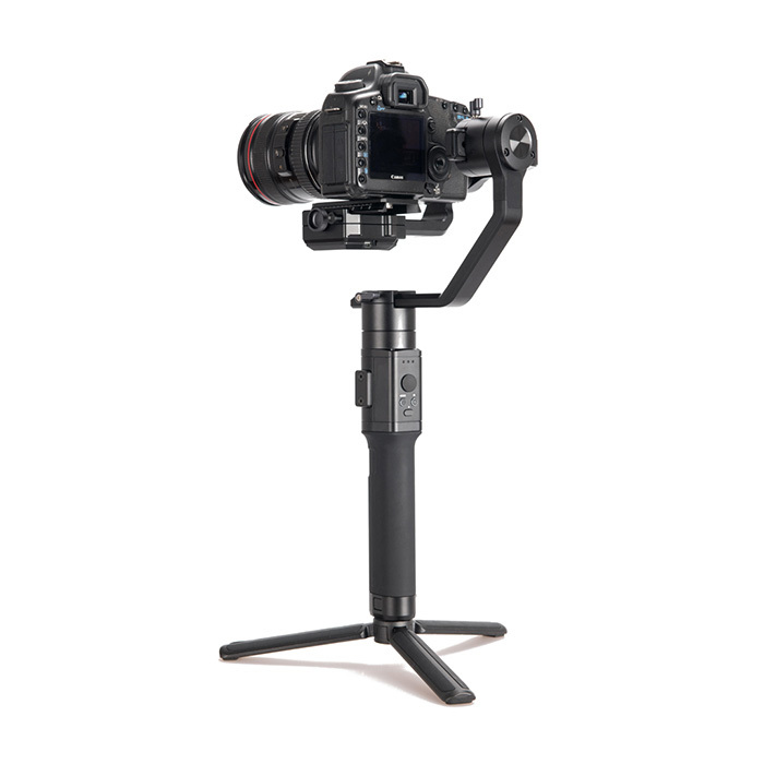 Weifeng Handheld 3 Axis DSLR Camera Stabilizer Gimbal Wi-710 For Video